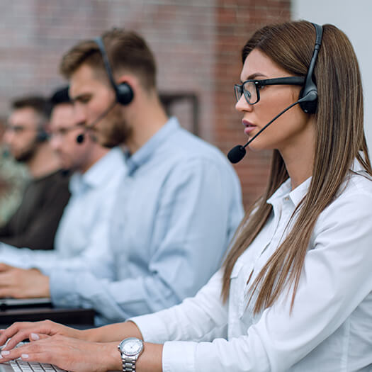 Call center for customer complaint support