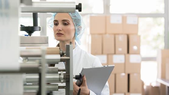 Quality worker checking machine